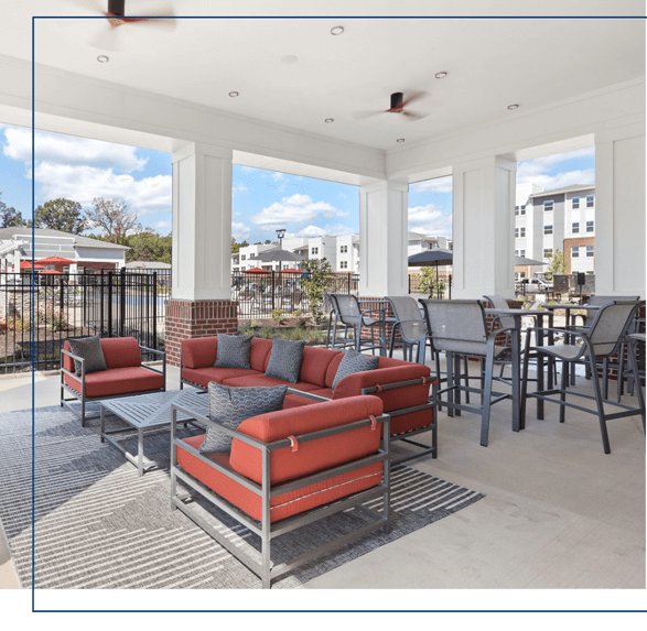 outdoor patio for residents of center west apartments